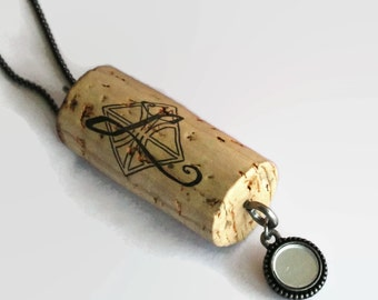 letter L necklace - wine gifts - Valentines gift - Valentines gift for her - wine cork necklace - cork necklace - wine cork jewelry
