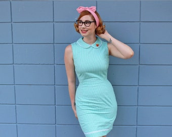 Emma dress from The Domestic Dame- 1960s inspired green cotton gingham dress with peter pan collar