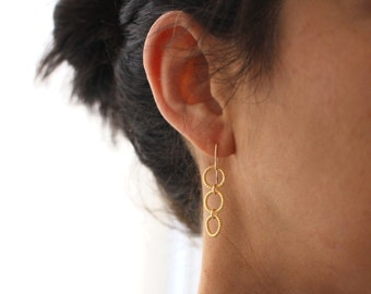 Gold Cascading Circle earrings - long gold dangly earrings
