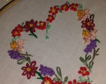"""Heart and Flowers Embroidery Hoop Art -  small Wall Art, 4"""" hoop"""