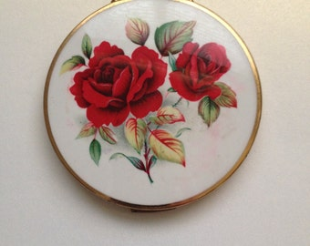 Stratton Compact Red Roses