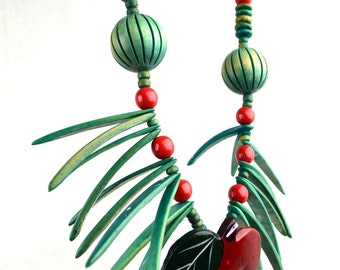 Vintage Wooden Chunky Over-the-top African Style Wood Bead Necklace - Apple
