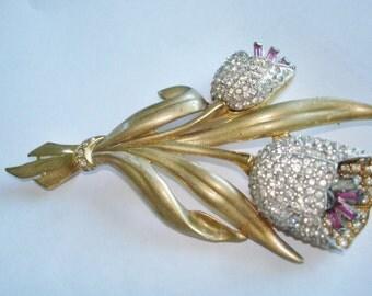 Rhinestone Flower Brooch Gold Tone