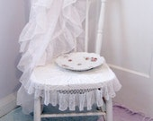 Round Tablecloth, Lace,  Tablecloth, French Country, White, Cottage Charm, by mailordervintage on etsy