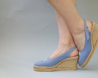 Light blue denim wedges | Rope espadrilles with floral embroidery | 1970's by cubevintage | size 38