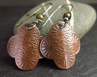 Patterned copper earrings with unakite bead, quatrefoil shape, antique copper jewelry, copper wedding anniversary gift, 7th anniversary gift