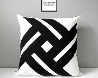 Decorative Outdoor Pillow Cover, Black & White Geometric Pillow Cover, Modern Sunbrella Pillow Cover, Throw Pillow Cover, Mazizmuse Pinwheel