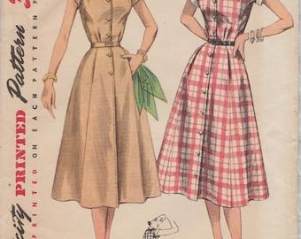 Vintage 50s Sewing Pattern / Simplicity 4260 / Shirtwaist Dress / Size 18 Bust 36