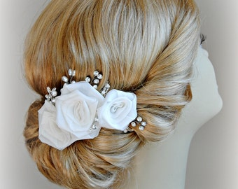 Light Ivory Hair Flowers, Bridal Fascinator, Ivory Roses Wedding Hair Clip - FIORI BIANCHI