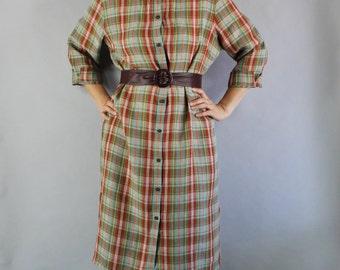 Vintage 90s Women's Red Green Plaid Linen Spring Summer Preppy Wear to Work Shirtdress