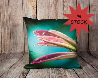 """Home Decor Pillow Case, 18"""" SNUG FIT Sofa Toss Cushion Cover, Floral Living Room Accent, Gerbera Daisy, Green and Teal Romantic Bedroom"""