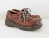 Vintage Dr Martens Leather Oxford Shoes / Size 7 US - 6 UK Woman's Brown Doc Marten Chunky Lace Up Shoes