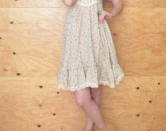 Vintage 70's Creamy Floral Prairie Peasant Dress Midi Length S