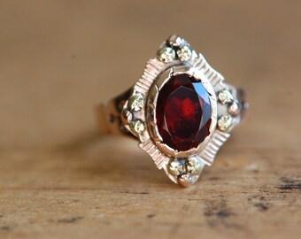 Victorian 10K rose gold garnet dress ring