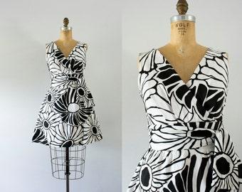 1960s Sunshine Palace hawaiian day dress / 60s Tori Richard