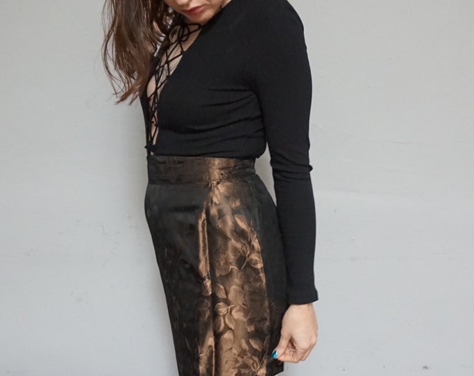 embossed rose floral print high waist pencil skirt acetate high fashion formal cocktail mini skirt 90s 1990s goth hipster small s medium m
