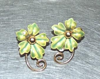vintage gold plated enamel flower earrings - 1950s clip on earrings