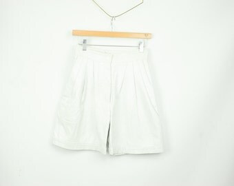 80s White Leather Shorts High Waisted Pleated Leather Shorts Trouser Shorts Size Small Size 4 Womens size 4