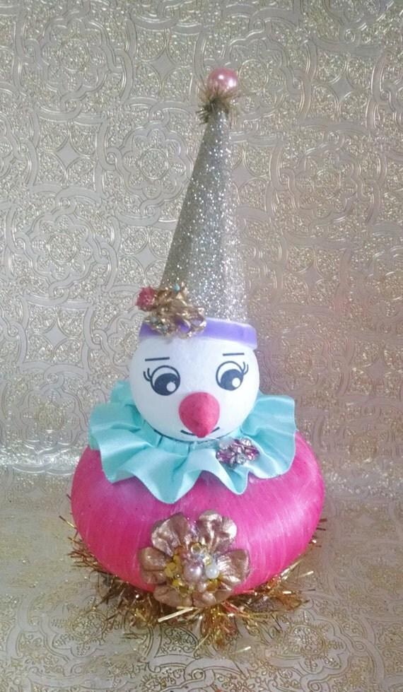 Vintage christmas snowman on pink ornament