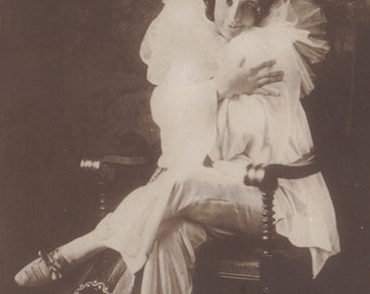 Rita Sacchetto, Dancer and Silent Film Star, with Amazing Lute! (1) circa 1910.