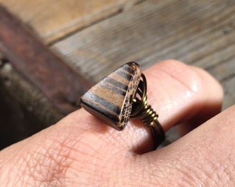 funky wood antique brass gold wrapped ring - size 6 wrap natural handmade hippie unisex men women tribal bohemian rustic