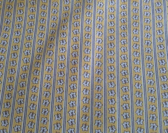 "Vintage Yellow Calico Print Cotton Fabric 4 1/2 Yards by 36"" X0607"