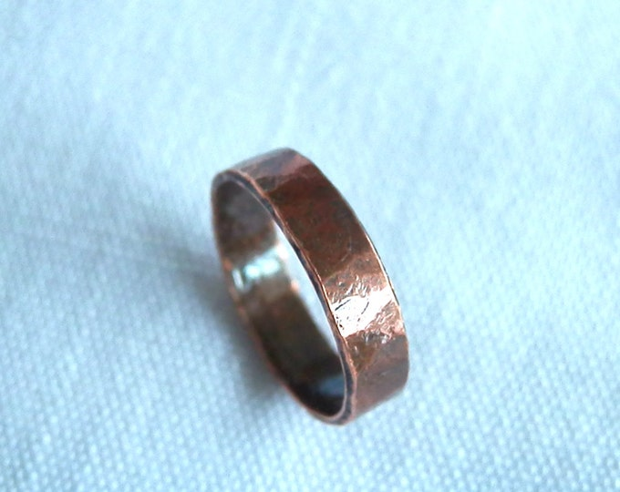 Hammered Texture, 4mm Wide, Copper Ring, Rustic Wedding Band, Midi Ring, Knuckle Ring, Pinky Ring, Unisex Ring, Stacking Ring, Thumb Ring