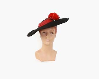 Vintage 40s TILT HAT / 1940s Black Fur Felt Wide Brim Hat with Large Red Flower & Tilt Strap
