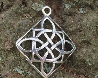 NEW ~ Diamond Celtic Love Knot Charm in Sterling Silver  - 1 Oxidized Charm or Pendant - P6