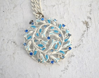 1960s White and Blue Rhinestone Pendant with Chain Necklace