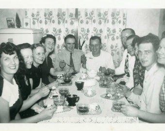 "Vintage Photo ""Coffee with Friends"" Snapshot Antique Photo Old Black & White Photograph Found Paper Ephemera Vernacular - 141"