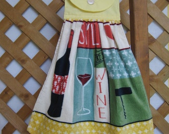 Wine Hanging Kitchen Towel, Wine Party, Hanging Tea Towel, Kitchen Decor, Kitchen Towels, Wine Lover Gift SnowNoseCrafts
