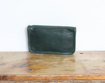 Vintage Coach Cosmetic Pouch // Green Leather Zippered Wallet Pouch Bag