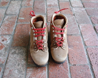 Vintage Mens 5.5 Womens 8 Pivetta Rugged Outdoor Lace Up Hiking Boots Boot Moto Boho Red Laces Italian Leather Mountainerring Alpine Hikers