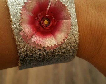 Silver Leather Cuff with Pink Vintage Flower Earring