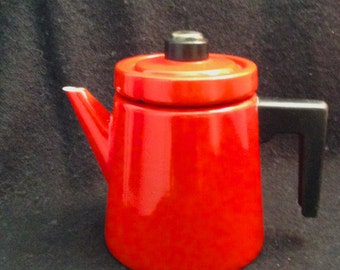 Antti Nurmesniemi, Finel Arabia.  Vintage Enamel on steel Coffee.  Red. Mid Century Modern, Eames Panton era. Danish Modern, 1960's.