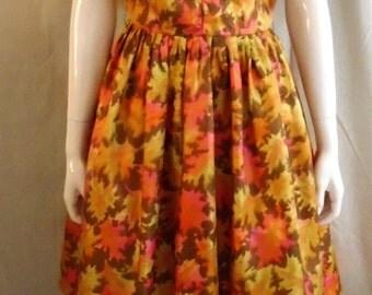 Vintage 1950's Day Dress 1950's Leaf Print Full Skirt Acetate Bombshell Bright Colors 40 x 28 x full
