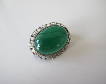 Antique Silver Filigree Green Chalcedony Brooch Pin