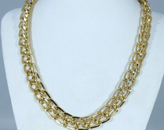 Golden Lightweight Chain Style Necklace
