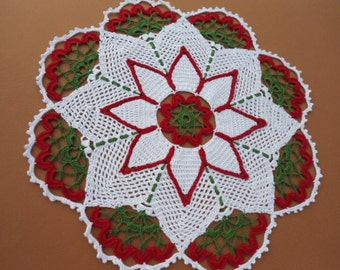 Christmas crochet doily, Holiday decor, Poinsettia doily, Table top decor, Round doily, Red, Green, White, Lace doily ,