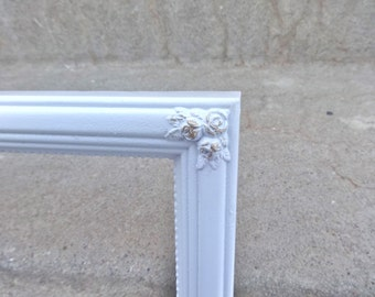 Large White And Gold Accents Ornate Picture Frame Wedding Photo Prop