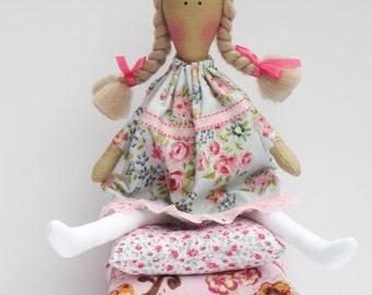 Rag doll Princess and the Pea cloth doll fairy tale princess fabric dollpink blonde handmade stuffed doll play set nursery decor