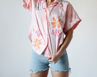 Vintage 80s Pink Hawaiian Lily Floral Blouse Tie waist Top California Beach Style - Red 7