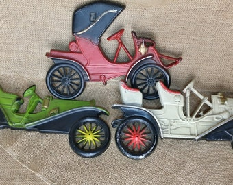 3 different Vintage Midwest Products Co. Automobile Wall Plaques - Antique Car - Arrow, Hupmobile, Buick *eb