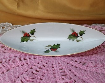 Creidlitz Bavaria Holly Berry Dish - Olive Server Christmas Serving Holiday China - made in Germany *eb