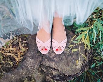 Wedding flats / flat bridal shoes / no heel bridal flats / slip on flat shoes / light pink wedding shoes / non leather shoes / special day