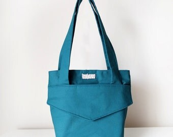 Shoulder Tote Bag / Women's Handbag with Two Front Pockets, a Zipper Closure in Teal