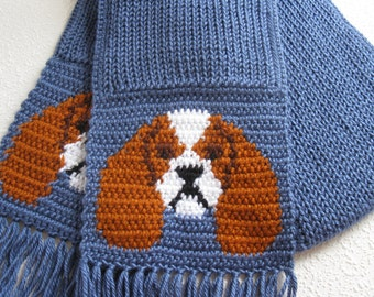 Cavalier King Charles Spaniel. Blue knit scarf with spaniel dogs. Knitted dog scarf.