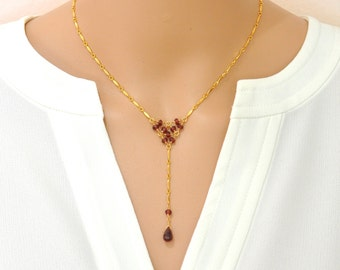 Garnet Geometric Necklace / Garnet Gold Necklace / January Birthstone Necklace / Red stone Gold Necklace /