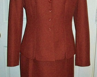 Vintage Ladies Rust Brown Suit by Le Suit Size 8 Only 9 USD